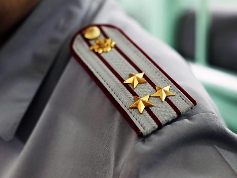 Повышение в звании и должности при не полном служебном соответствии