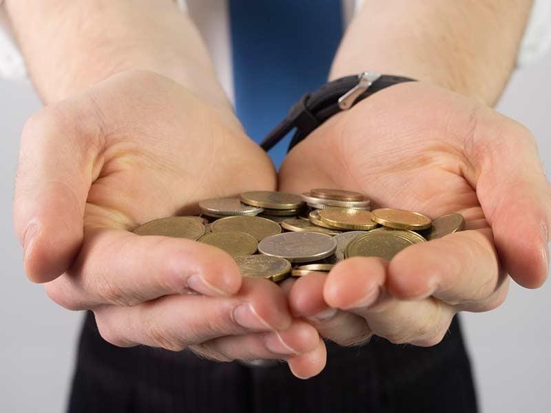 Останавливает ли суд рост долгов по кредиту?