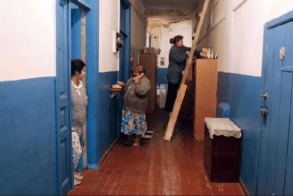 Ремонт в коммунальной квартире : за чей счёт?
